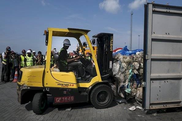 Malasia devolverá 450 toneladas métricas de residuos plásticos contaminados Getty