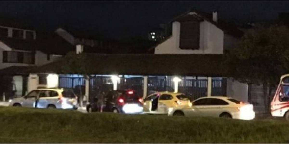Terror en el norte de Bogotá por atraco masivo en pleno semáforo