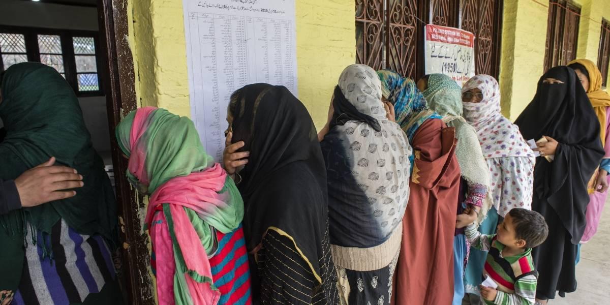 Investigan en la India extirpaciones forzosas de útero a trabajadoras