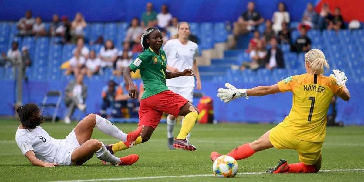 Camerún vence en la agonía a Nueva Zelanda y le deja pesada la pista a la Roja femenina en el Mundial