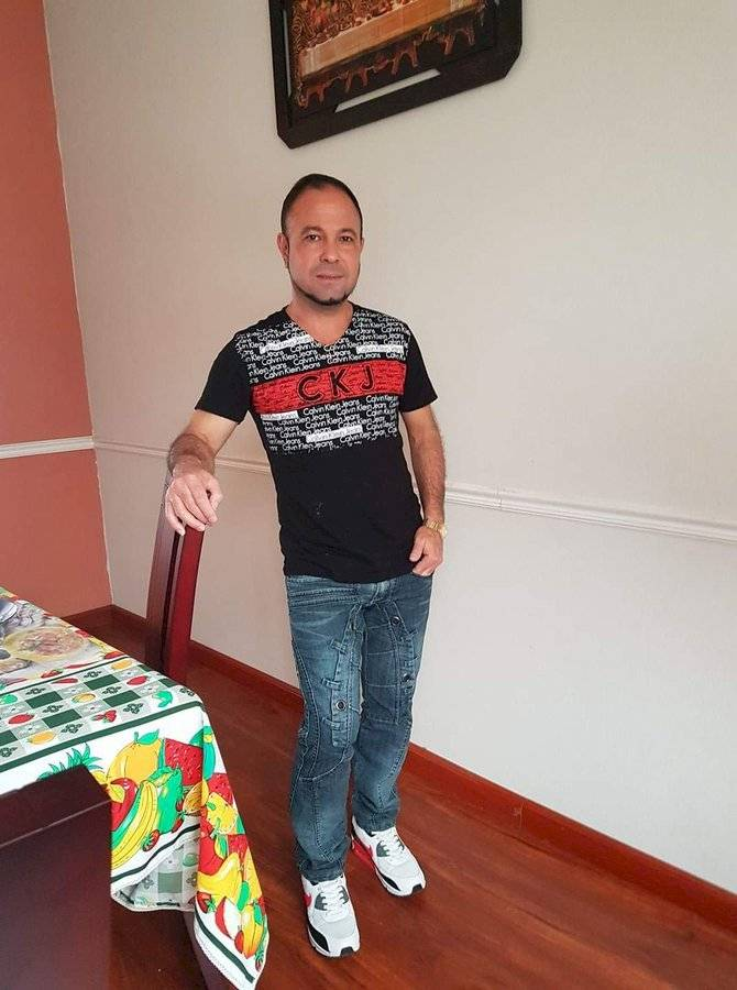 Roberto Celorrio Rodríguez, médico de 50 años de nacionalidad cubana Internet
