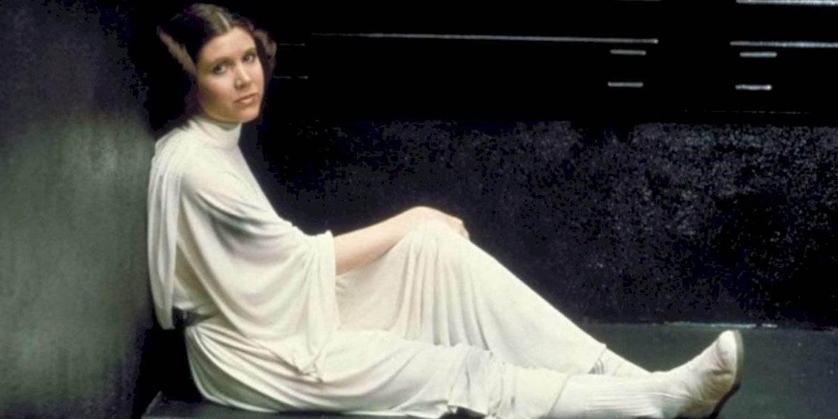 """Fanáticos de """"Star Wars"""" piden que Carrie Fisher tenga una estrella en el paseo de la fama"""