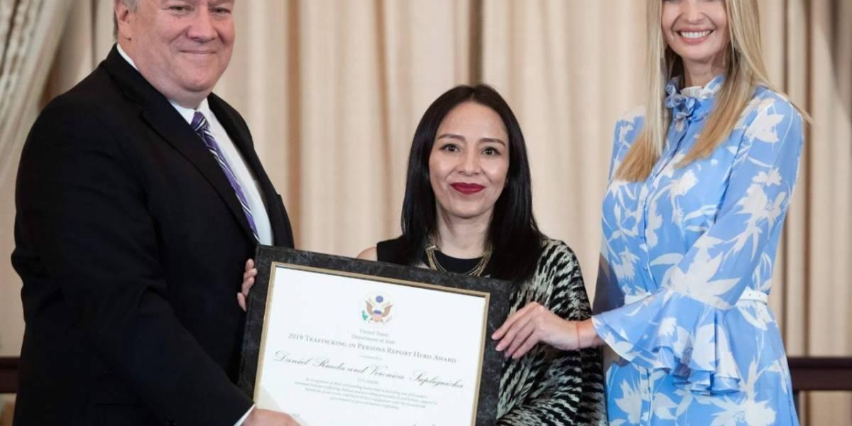 Dos ecuatorianos fueron premiados en Estados Unidos por su trabajo contra la trata de personas
