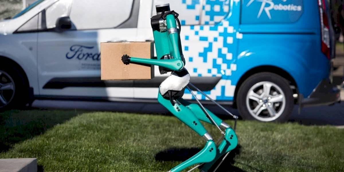 Ford aplica tecnología autónoma en un robot de entregas