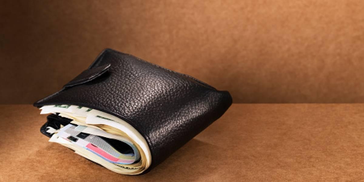 ¿Sucede lo mismo en Chile?: estudio mundial revela que la mayoría de personas que encuentra una billetera con dinero la devuelve