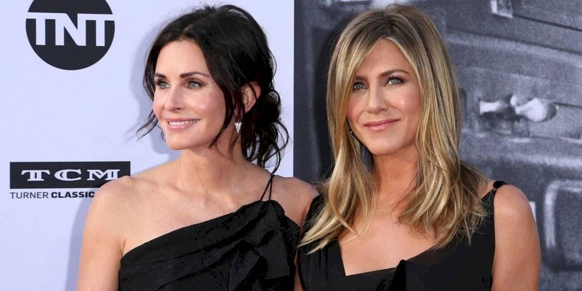 Jennifer Aniston y Courteney Cox presumen diminuto bikini en playas mexicanas