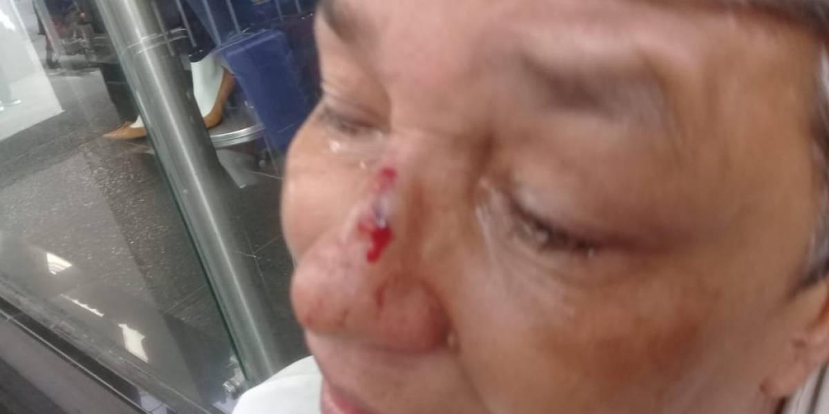Cobrador golpeó en la cara a una abuelita que le debía $30.000