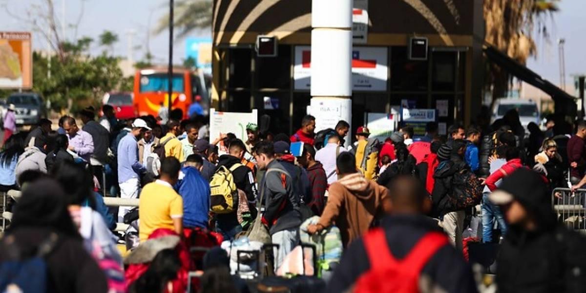A partir de hoy y tal como se aplica a ciudadanos haitianos: venezolanos que quieran ingresar a Chile como turistas necesitaran visa consular