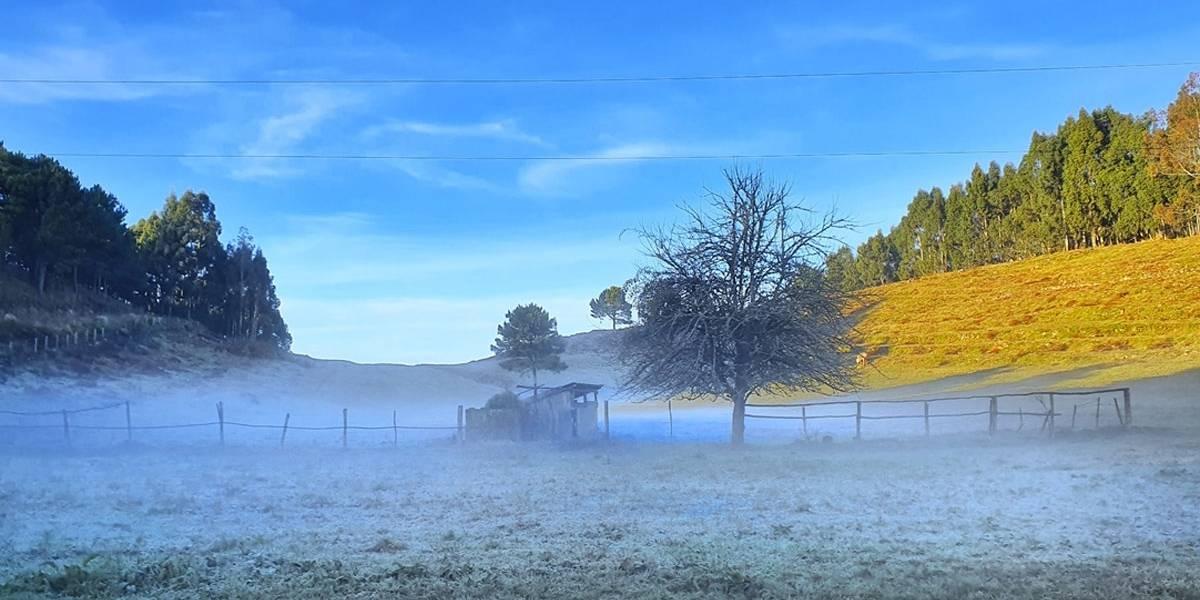 Serra Catarinense registra temperaturas abaixo de zero neste sábado