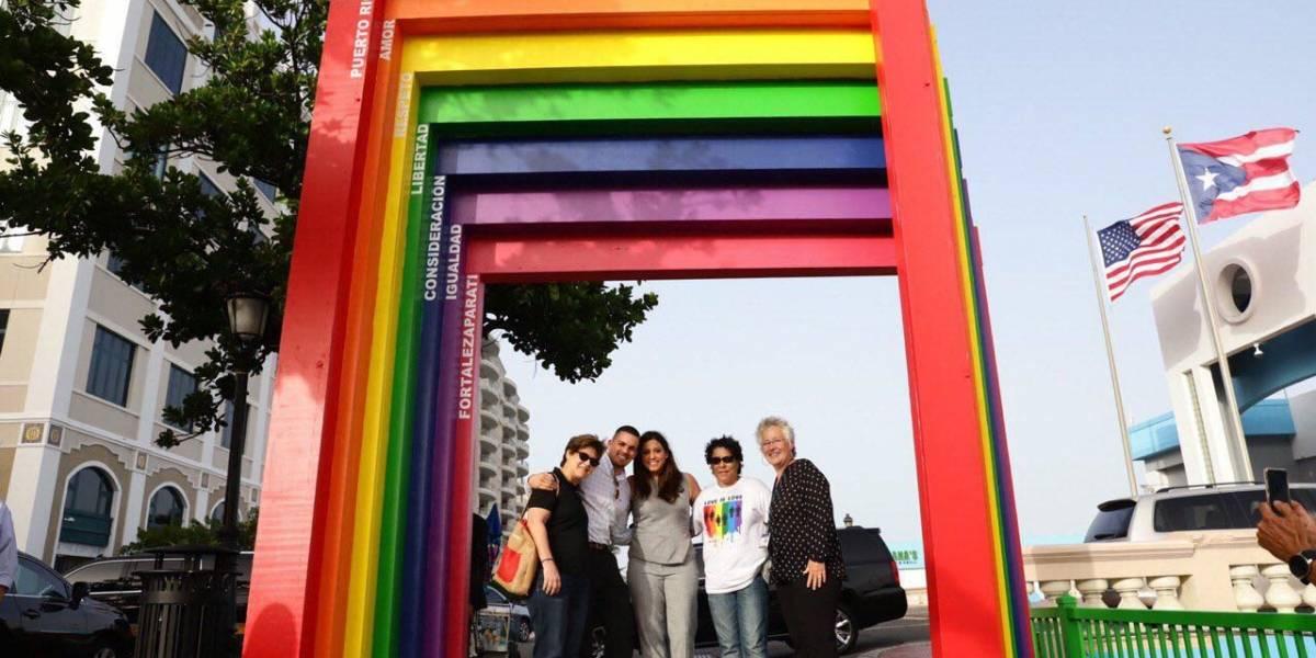 """Primera Dama inaugura """"Pórtico de la Igualdad"""" dedicado a la comunidad LGBTTIQ+"""