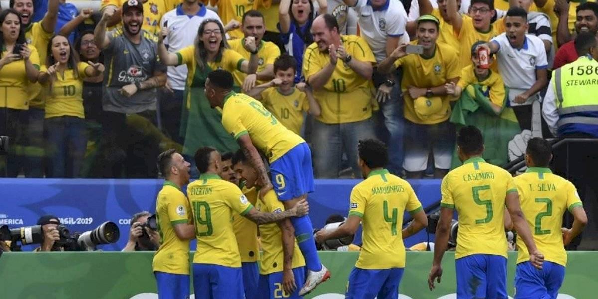 VIDEO. Brasil asegura el primer lugar de su grupo con buen futbol