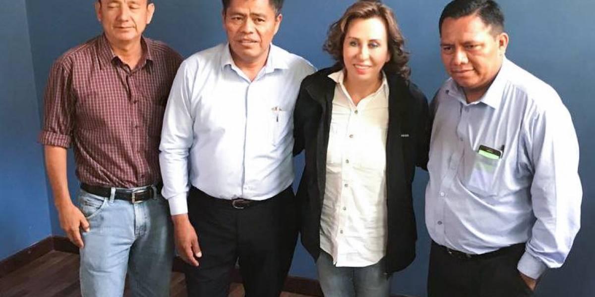 Sandra Torres hace lobby con alcaldes electos de Alta Verapaz