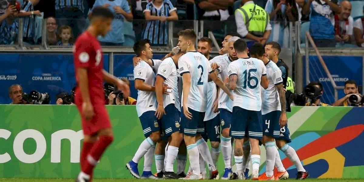Argentina consigue su pase a cuartos gracias a errores del rival