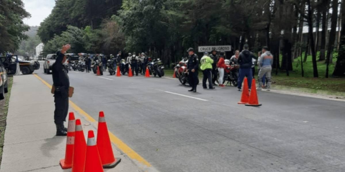 La multa que recibió cada motorista por carreras clandestinas en cuesta Las Cañas