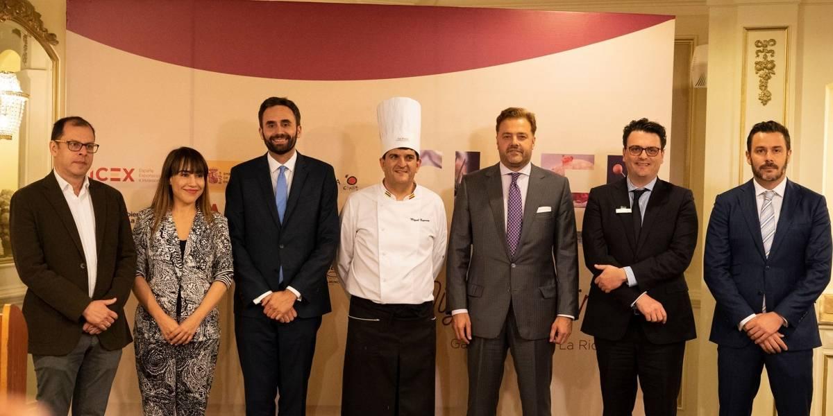 Chef Miguel Espinosa lleva a comensales guatemaltecos por un viaje de sabor a La Rioja