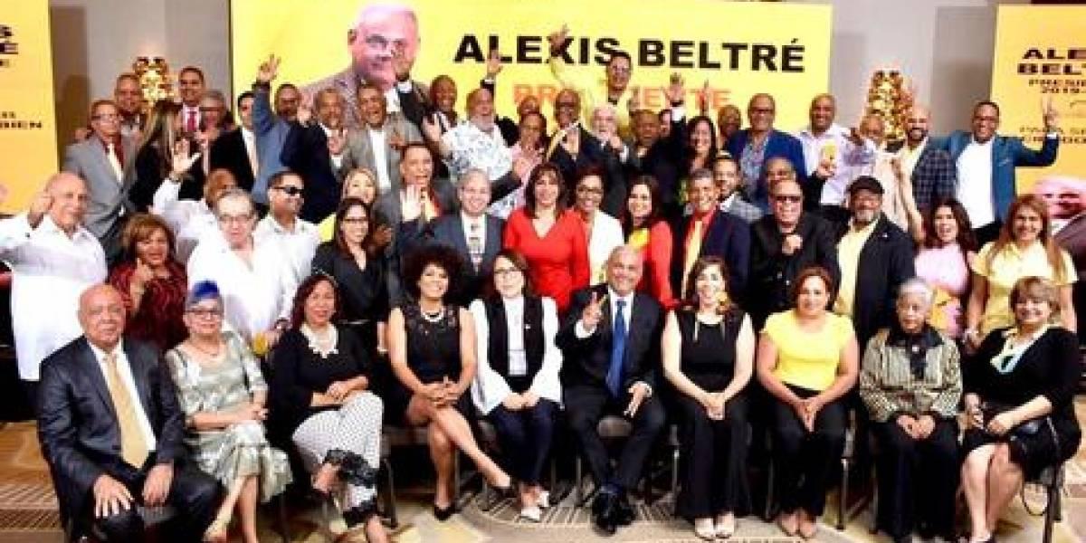Periodista Alexis Beltré presenta plancha para dirigir Acroarte