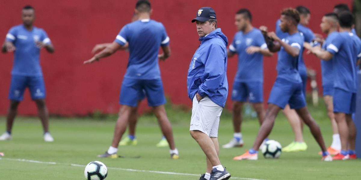 "Delantero ""cortado"" de Ecuador se lanza contra Bolillo Gómez: ""Nunca abandoné la selección, él me botó"""