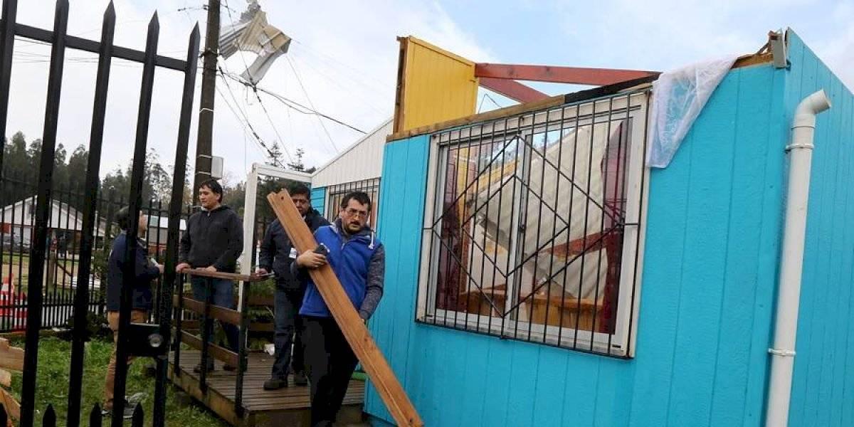 Ráfagas de viento volaron techos en Dichato: Onemi descartó tromba o tornado