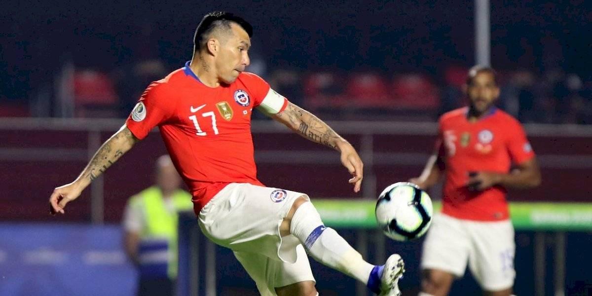 Chile se arma en el fondo y Reinaldo Rueda pone una alineación defensiva ante Uruguay