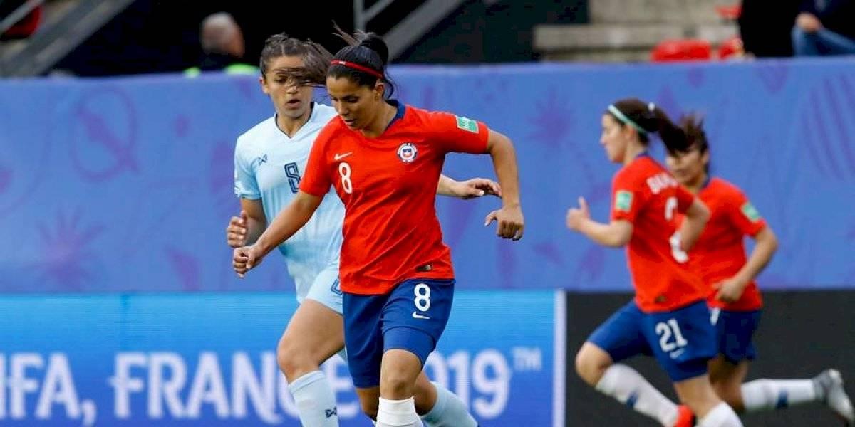 """Karen Araya respalda a José Letelier en la Roja femenina: """"Si hubiésemos hecho el tercer gol, ¿estaríamos diciendo esto?"""""""