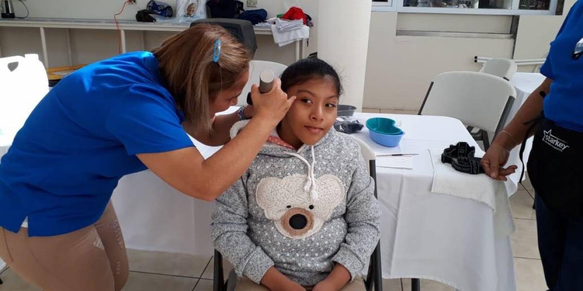 Niños y jóvenes podrán escuchar por donativo de aparatos auditivos