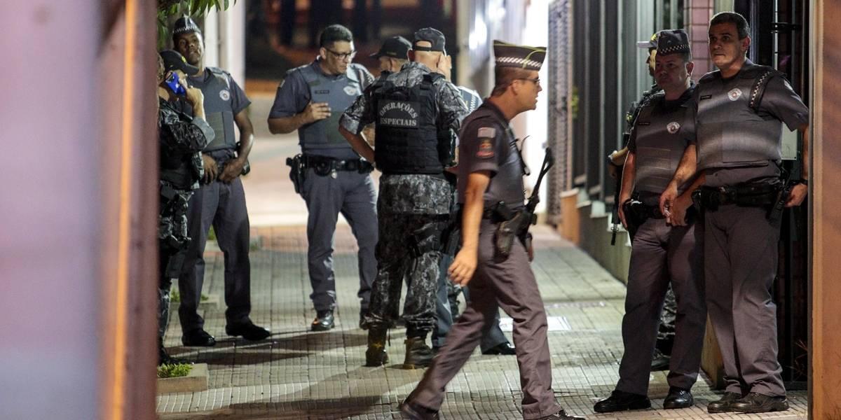 Polícia ainda procura homem que atirou em agentes em São Paulo