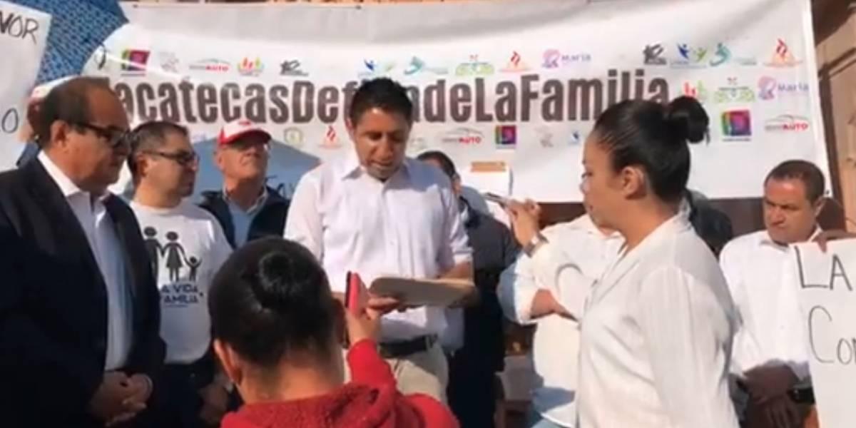 "Grupos ""pro familia"" toman congreso de Zacatecas contra matrimonio igualitario"