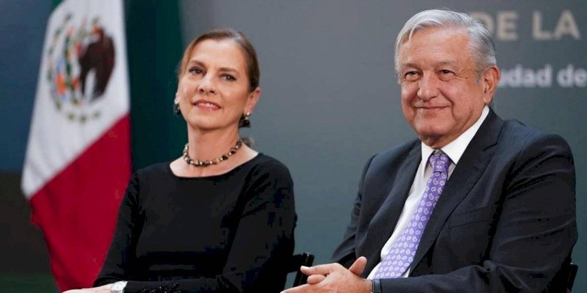 Beatriz Gutiérrez y AMLO buscan hacer de México un país de lectores