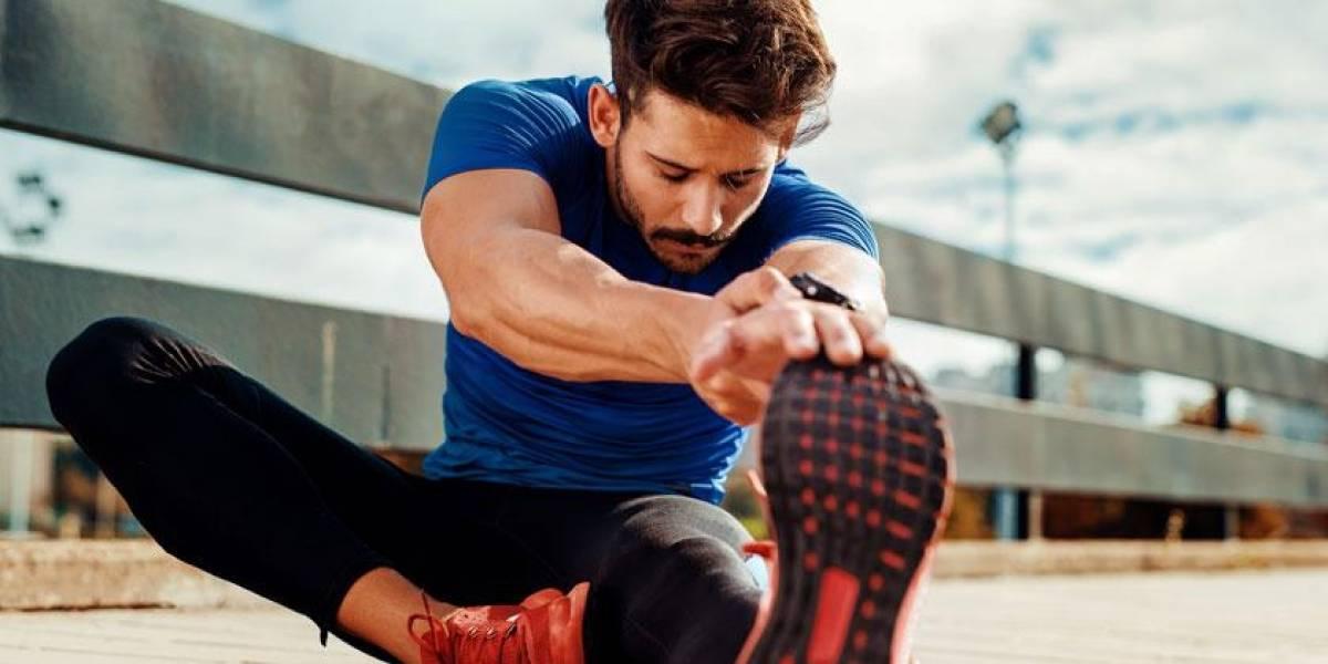Consejos: Estira y calienta antes del deporte, evita lesiones
