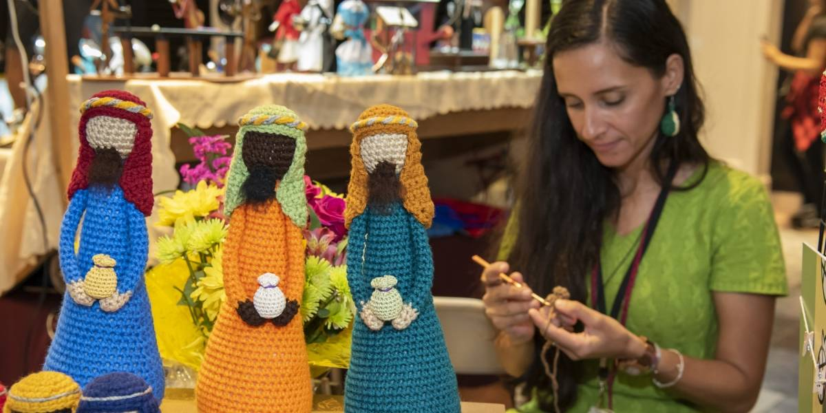 Feria de Artesanías en Plaza
