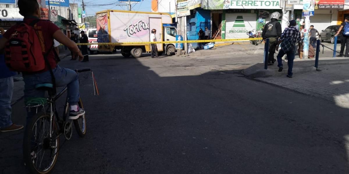 Vendedor rutero muere por ataque armado en Villa Nueva