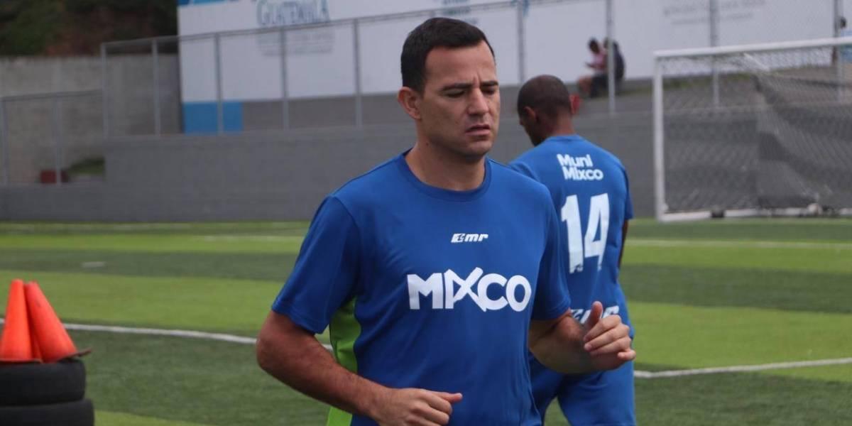 Marco Pappa responde a las críticas sobre su salario con Mixco