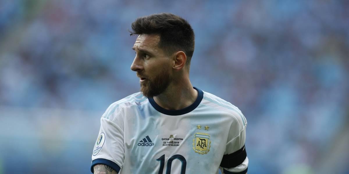 Niño revela lo qué hace Messi durante el himno de Argentina