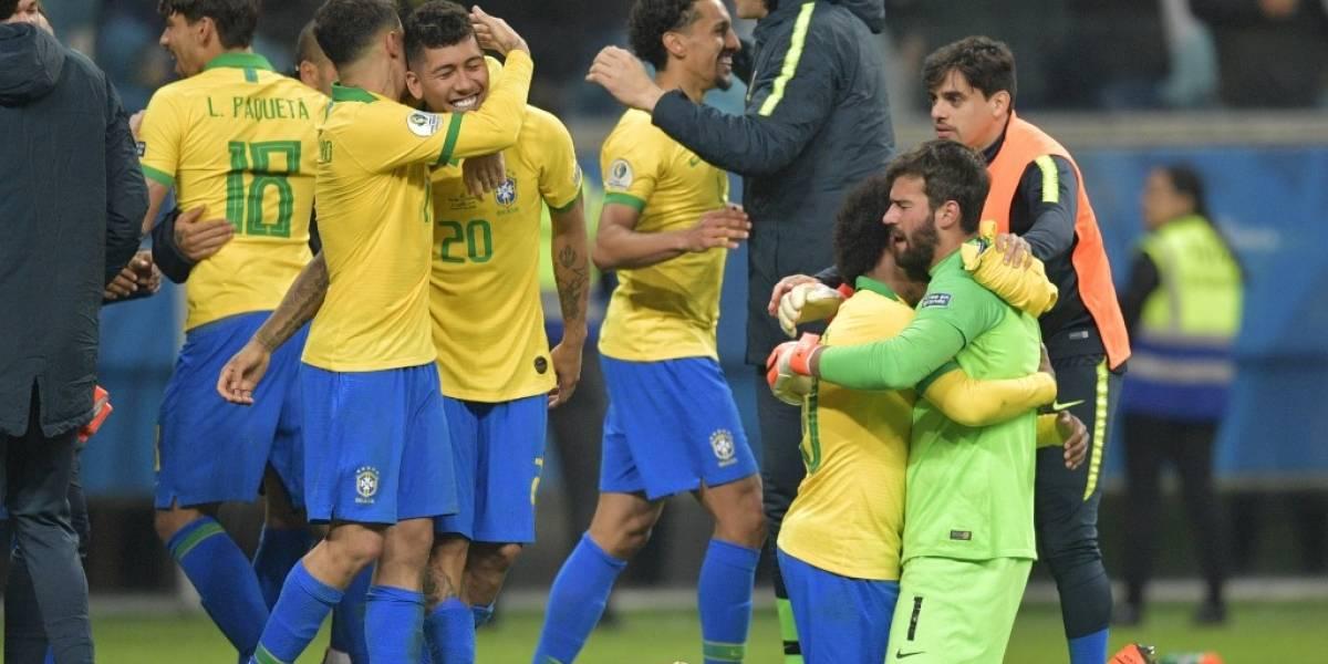 """VIDEO. Los brasileños tienen a """"Jesus"""" de su lado y así los salvó en los penaltis"""