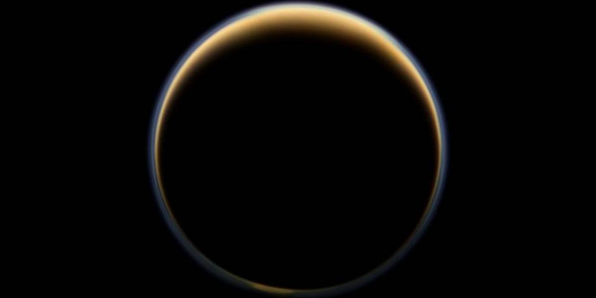 Así es Titán, la luna grande de Saturno y el nuevo destino de la Nasa