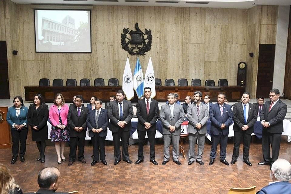 Representantes de la Corte de Apelaciones ante la comisión de postulación para CSJ. Foto: Omar Solís