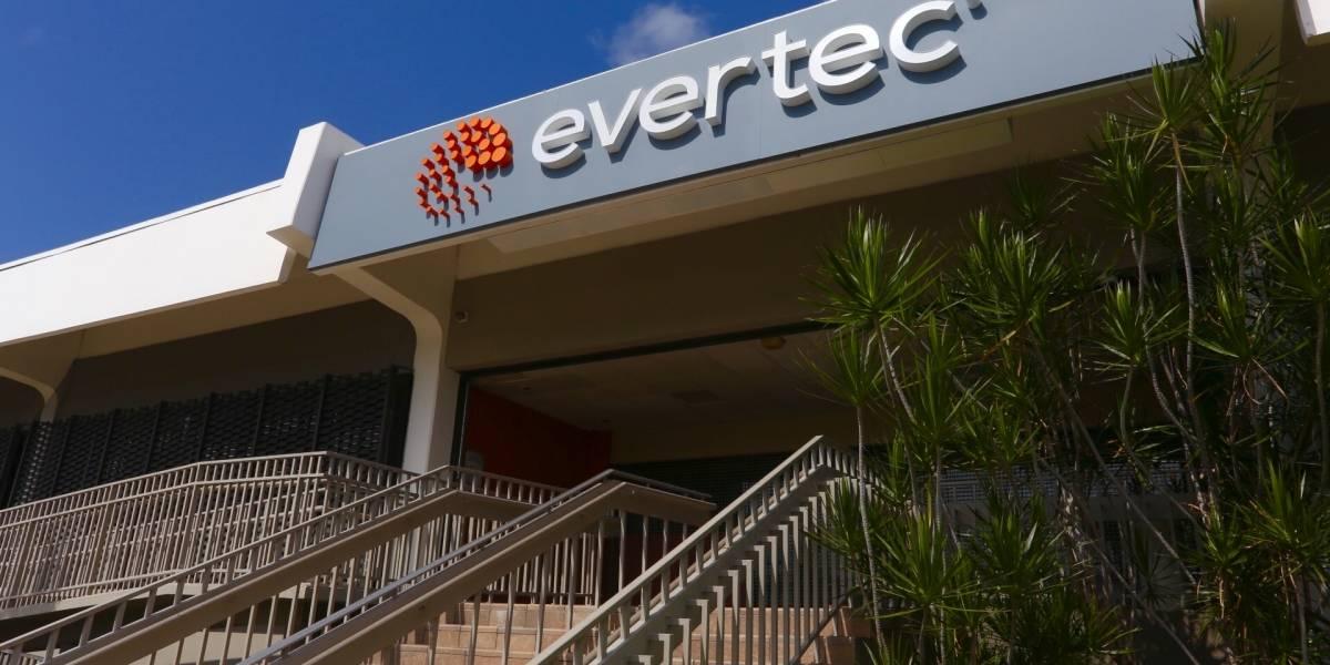 Evertec y Banco Santander concretan acuerdo para medios de pagos en Chile