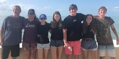 Jordan Lindsey y su familia