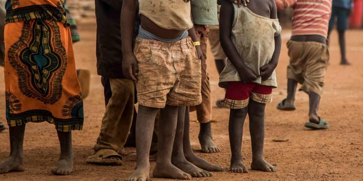Fue a Uganda como misionera y ahora está acusada de hacerse pasar por doctora y causar la muerte de al menos 100 niños