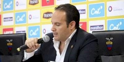 Francisco Egas, presidente de la FEF en su rueda de prensa en la Casa de la Selección