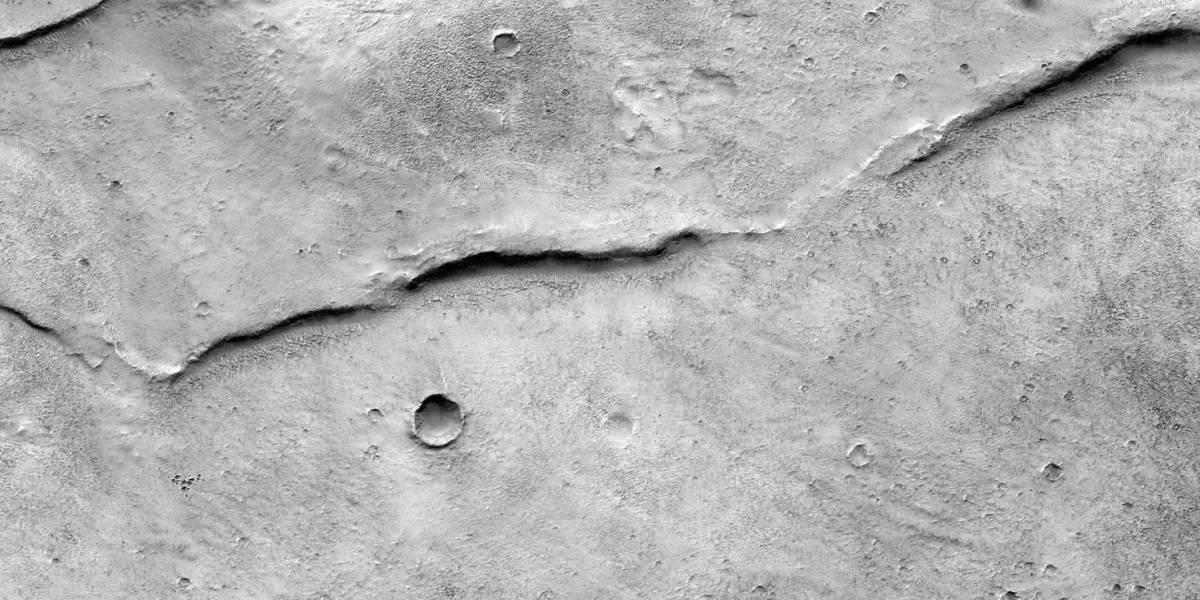 Sonda da NASA revela impressionantes imagens da superficie do planeta vermelho