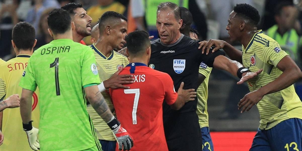 ¡Bendito VAR! Hinchas colombianos agradecen al VAR por el gol anulado contra Chile