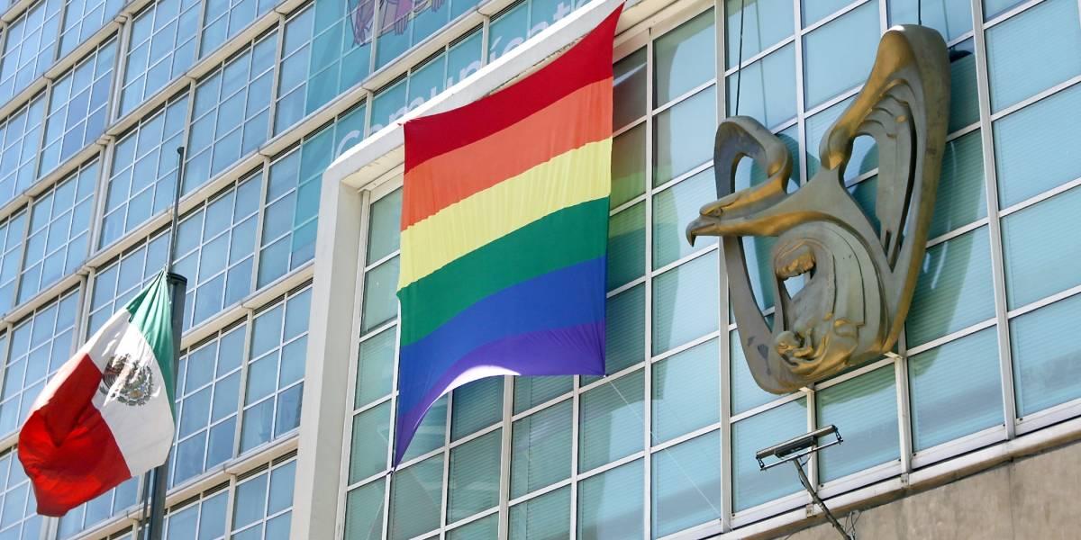 Reporta IMSS afiliación de más de mil parejas del mismo sexo