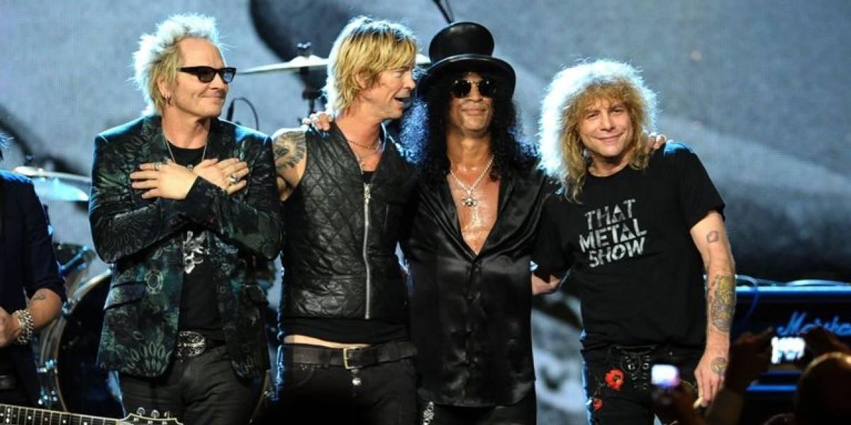 Baterista original de Guns N 'Roses fue hospitalizado tras apuñalarse a sí mismo