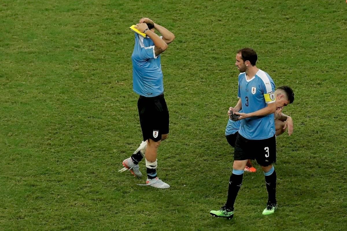 En el Uruguay vs Perú, a Luis Suárez fue a quien le tocó morder el polvo de la derrota porque al fin de cuentas fue el único de su equipo que falló el cobro.