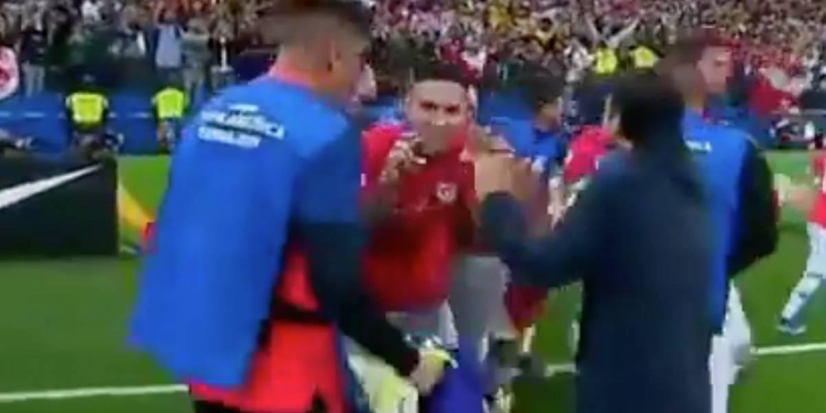 ¡Lo critican fuertemente! ¿Jugador chileno se burló de la celebración de Yerry Mina en los penales?