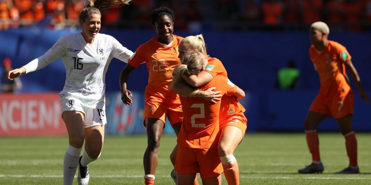 Holanda elimina a Italia y avanza por primera vez a semis del Mundial
