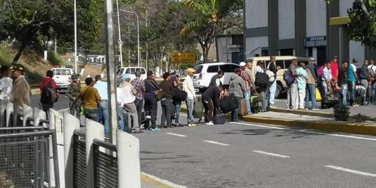 Llegan a Colombia 59 ciudadanos liberados por Venezuela tras tres años presos
