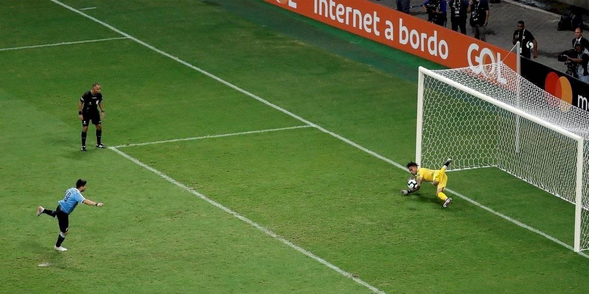 """Los sueños uruguayos terminaron en lágrimas de """"Lucho"""" Suárez"""
