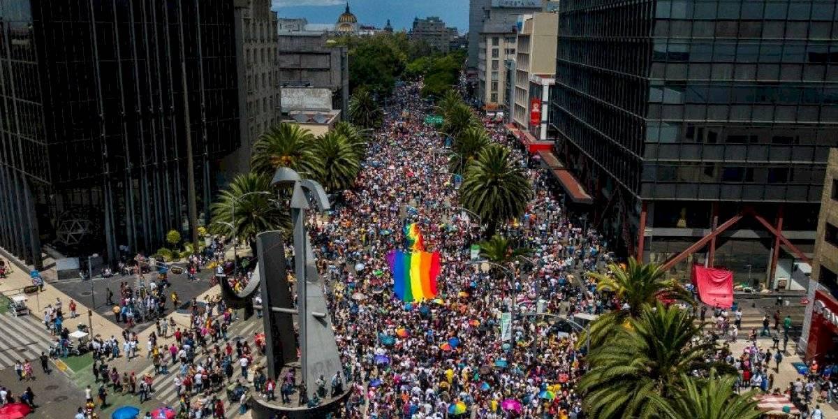 Más de 170 mil personas reivindican derechos para comunidad LGBT+ en CDMX